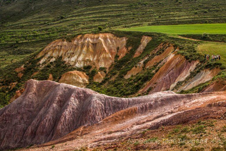La montaña de colorines de Bijuesca